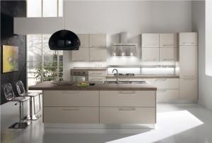 Cucine moderne - Cucina laccata opaca ...