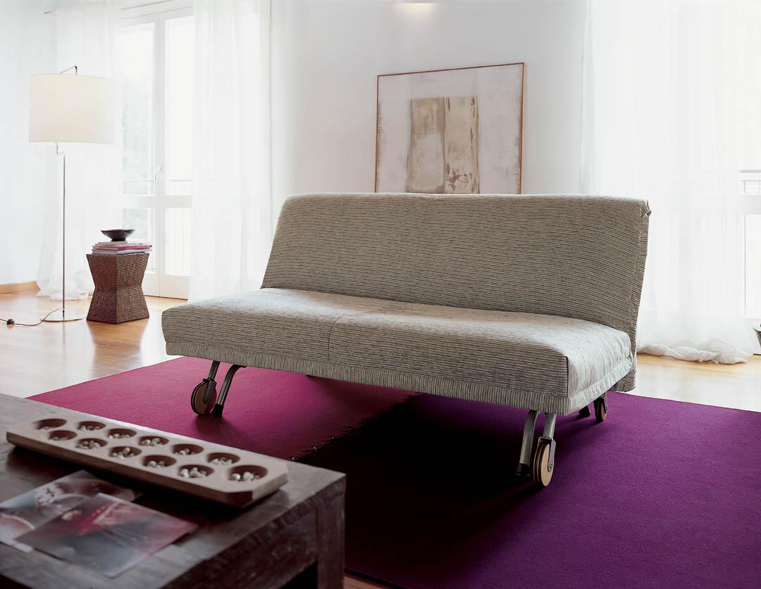 Divano letto modello roller for Letto futon