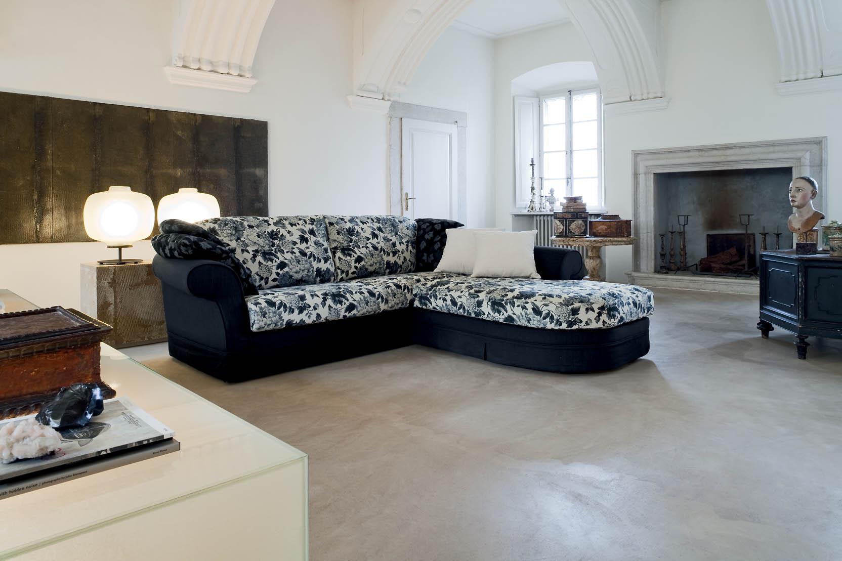 Divano Tessuto Floreale : Divano modello soffio